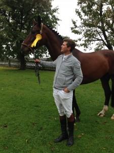 Humfeld, 05.10.13 Consuelo & Maik gewinnen Springpferdepruefung A**