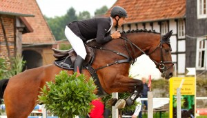 Maik und Consuelo aufnehmen Turnier in Oerlinghausen am 29.08.14 Springpferde L