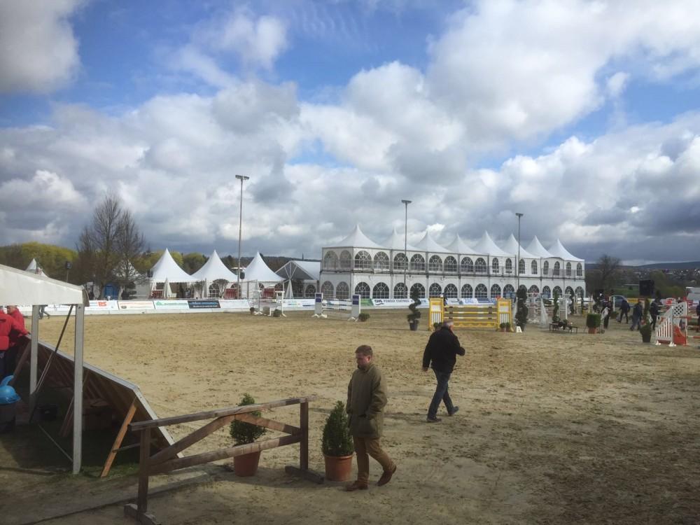 Der Turnierplatz in Brakel, Sudheimer Hof April 2016